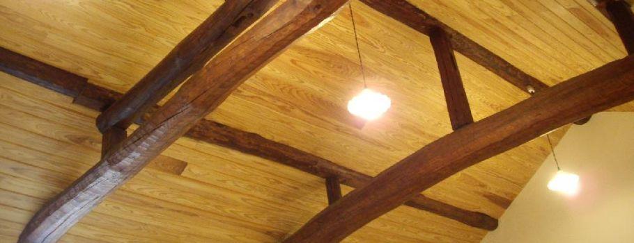 木材を使ったリフォームは岡山ツーバイ工業へお任せください。